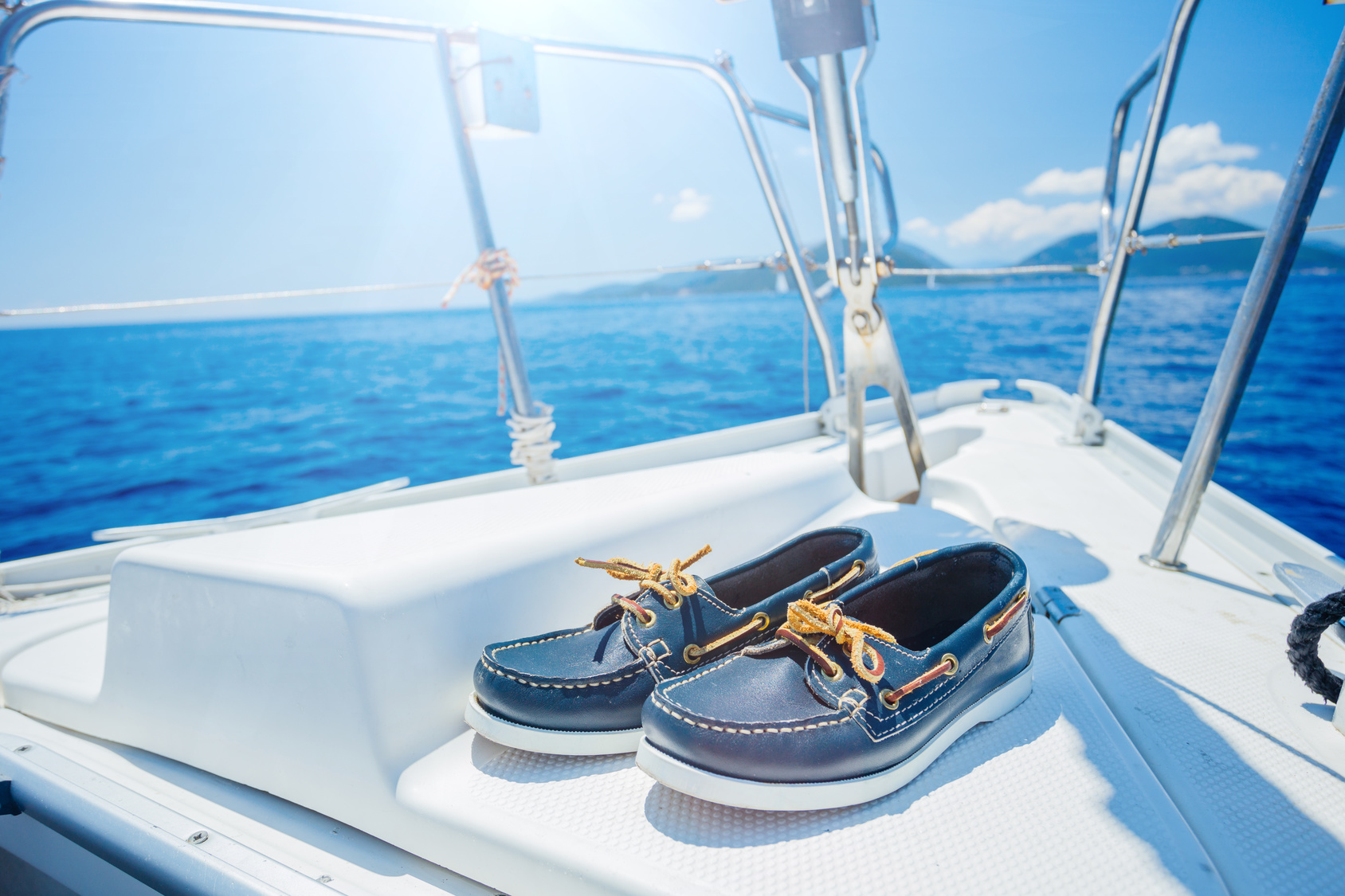 Best Shoes & Boots for Sailing- Reviewed & Compared